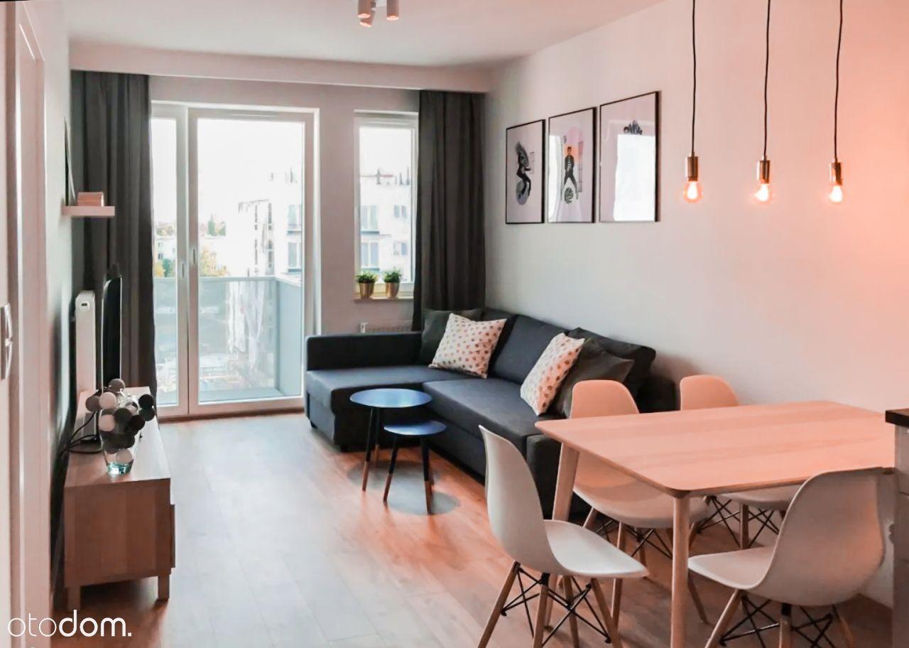 Komfortowe mieszkanie 2-pok + balkon I Centrum |
