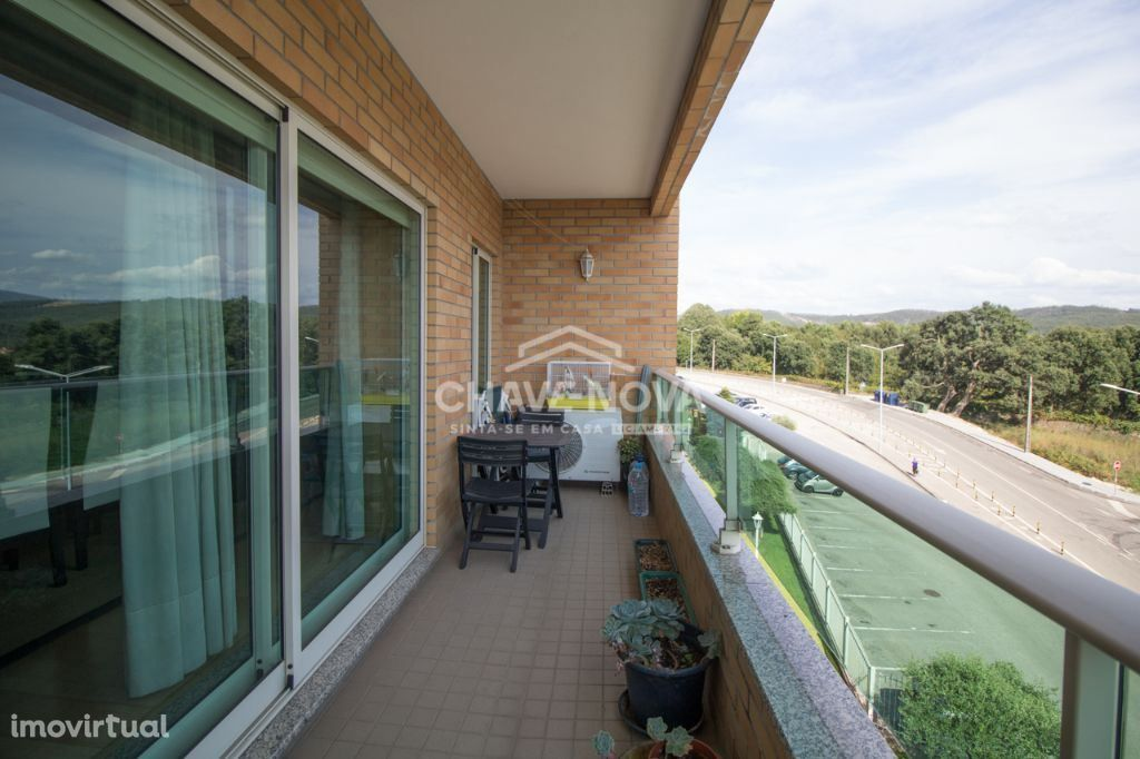 Apartamento T4 - Oliveira de Azeméis, Condomínio fechado MTS/00818
