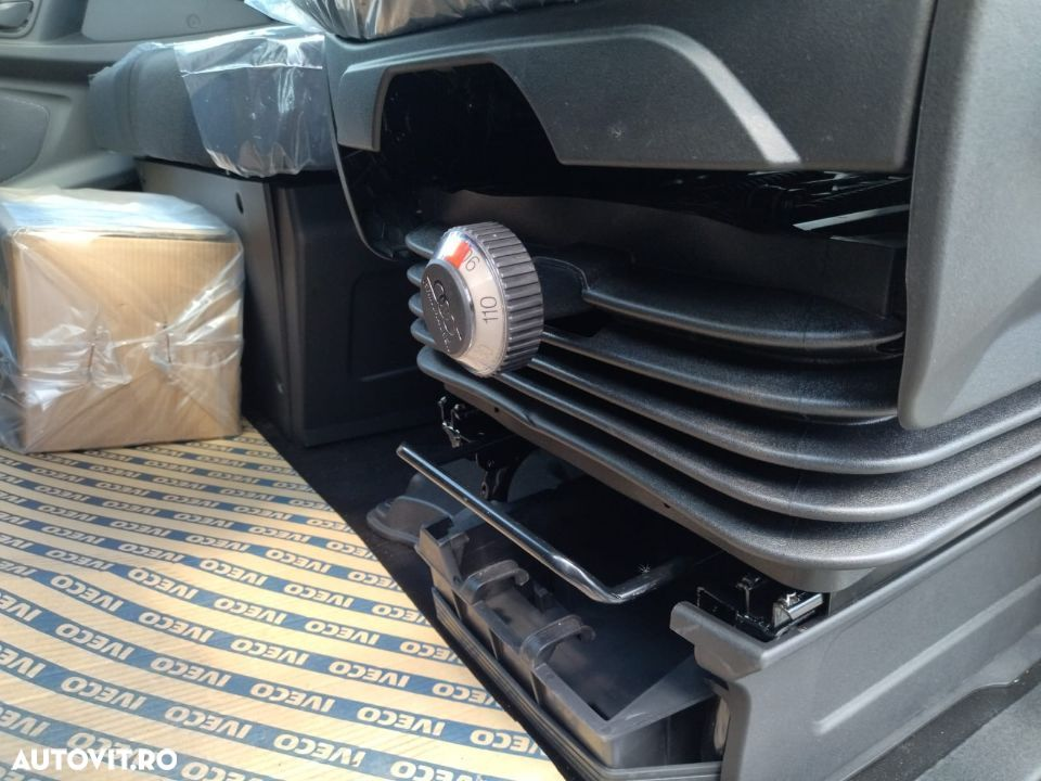 Iveco Daily 70C18H - 16