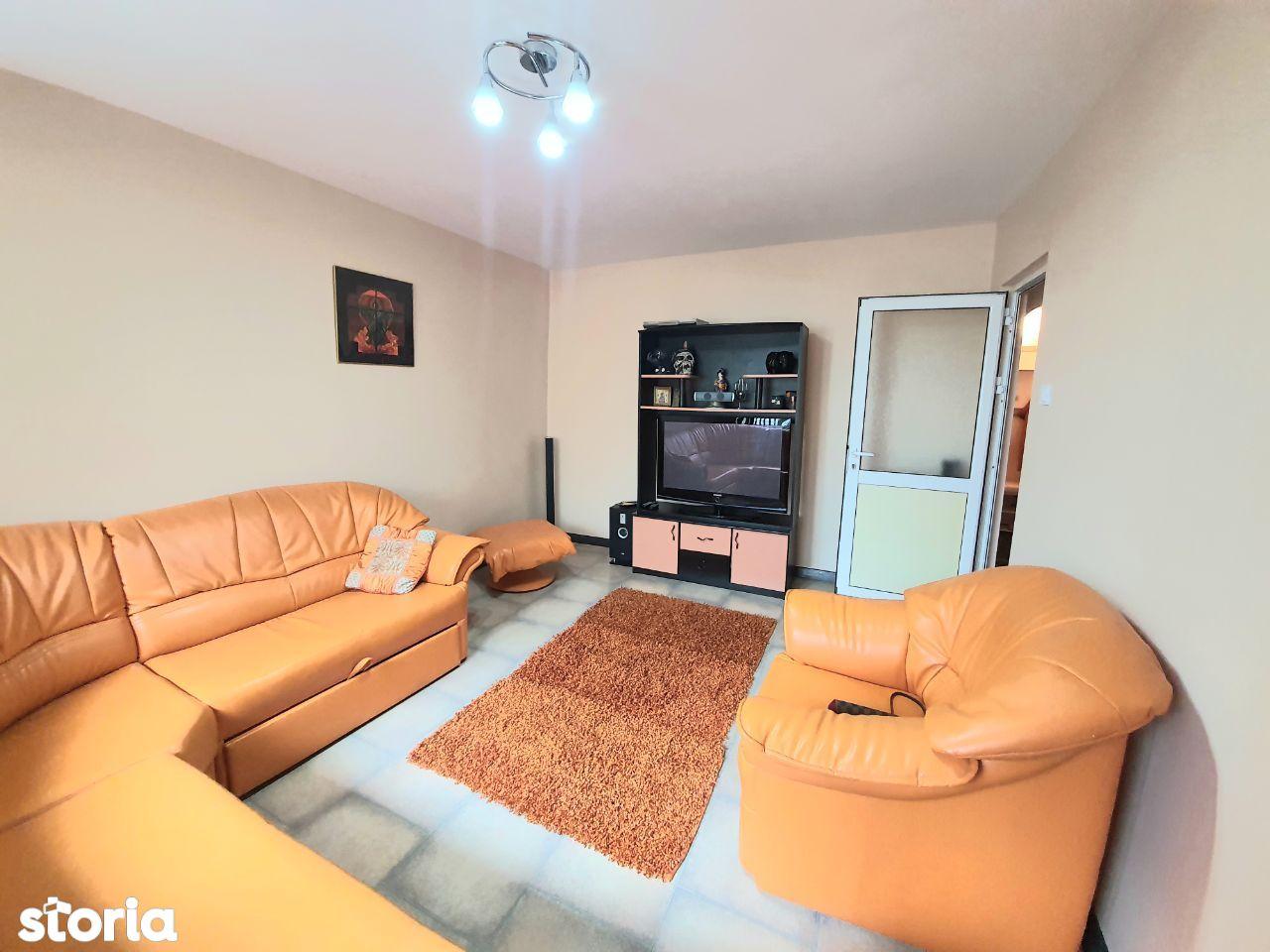 Apartament 2 camere decomandat Galata modern chirie