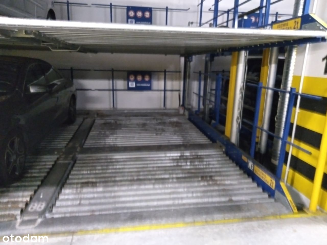 Branickiego 21 miejsce garażowe parking platforma