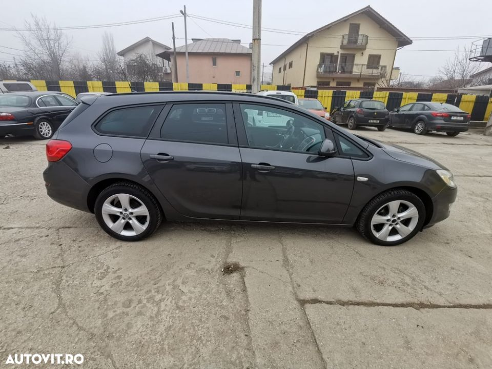 Opel Astra Sports - 2