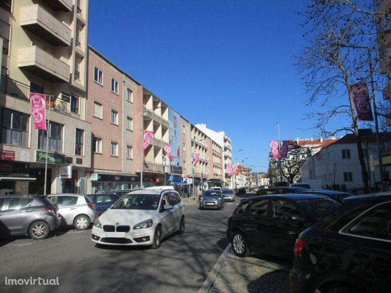 Garagem para comprar, Torres Vedras (São Pedro, Santiago, Santa Maria do Castelo e São Miguel) e Matacães, Torres Vedras, Lisboa - Foto 9