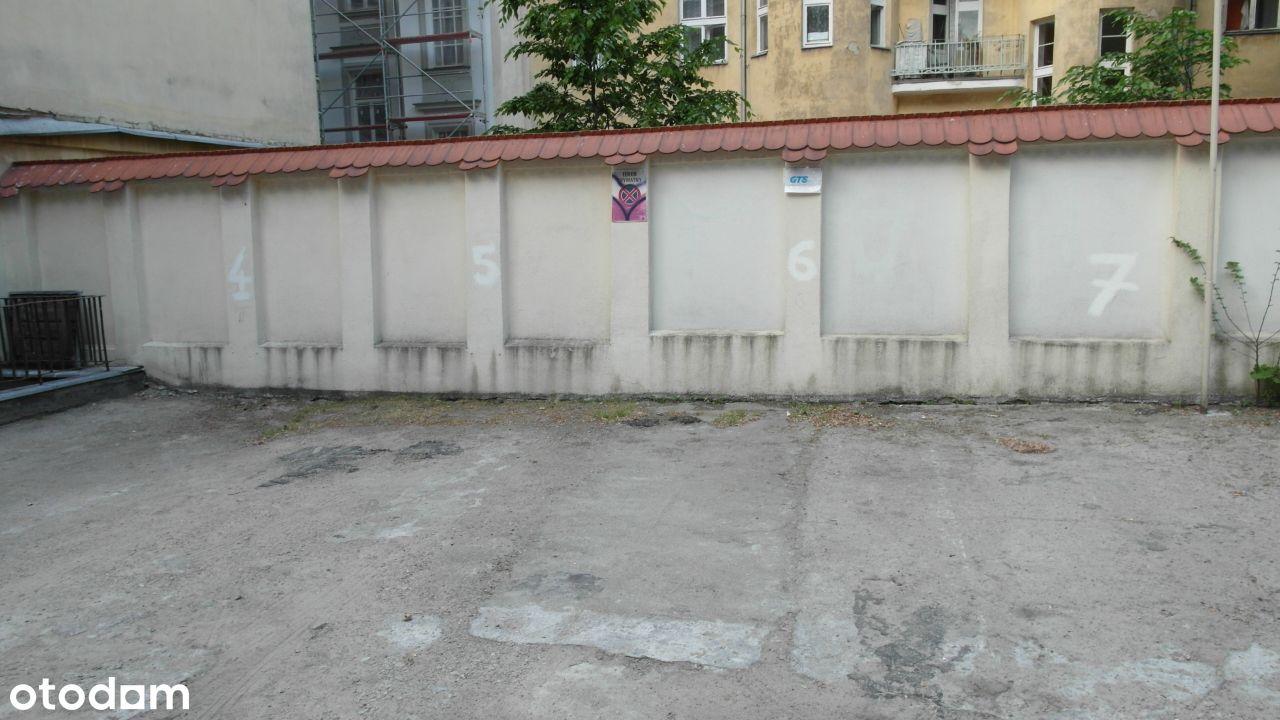 Miejsca postojowe przy ul. Gałczyńskiego