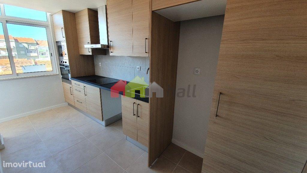 Apartamento T2 Renovado no Alto Seixalinho – Barreiro