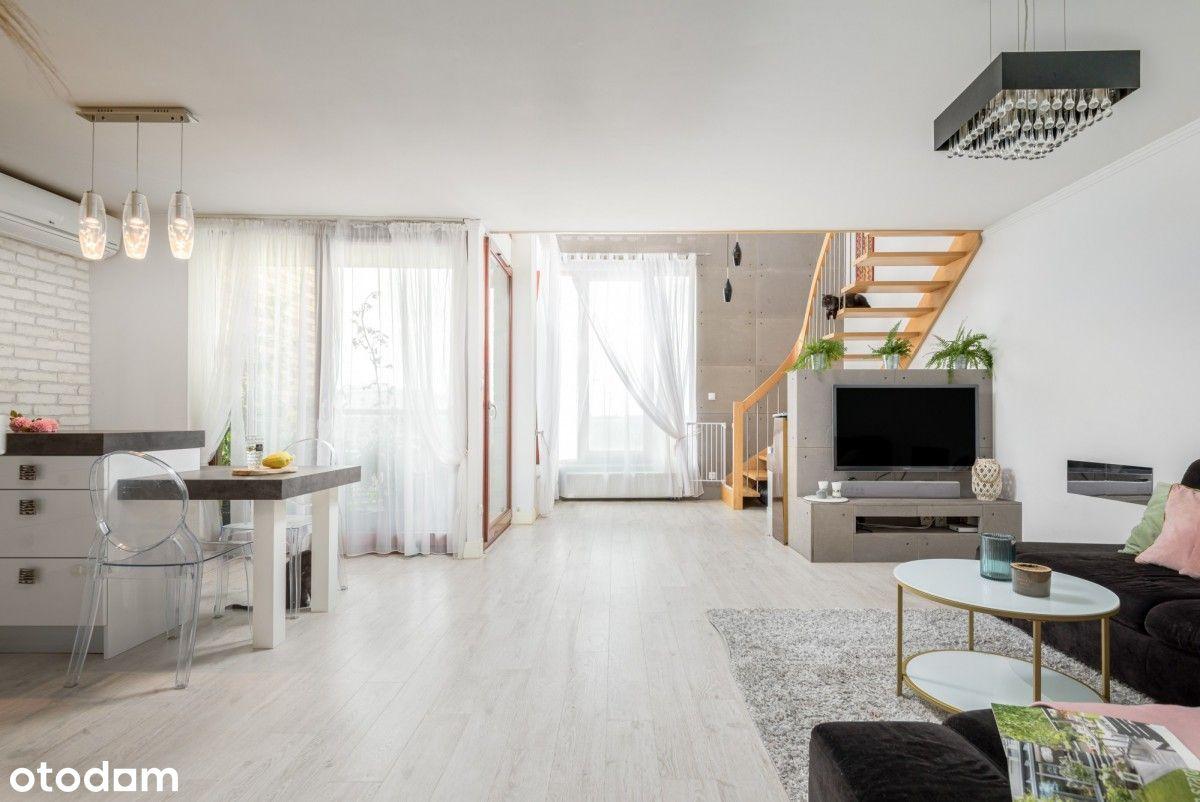 Słoneczny dwukondygnacyjny apartament Corte Verona
