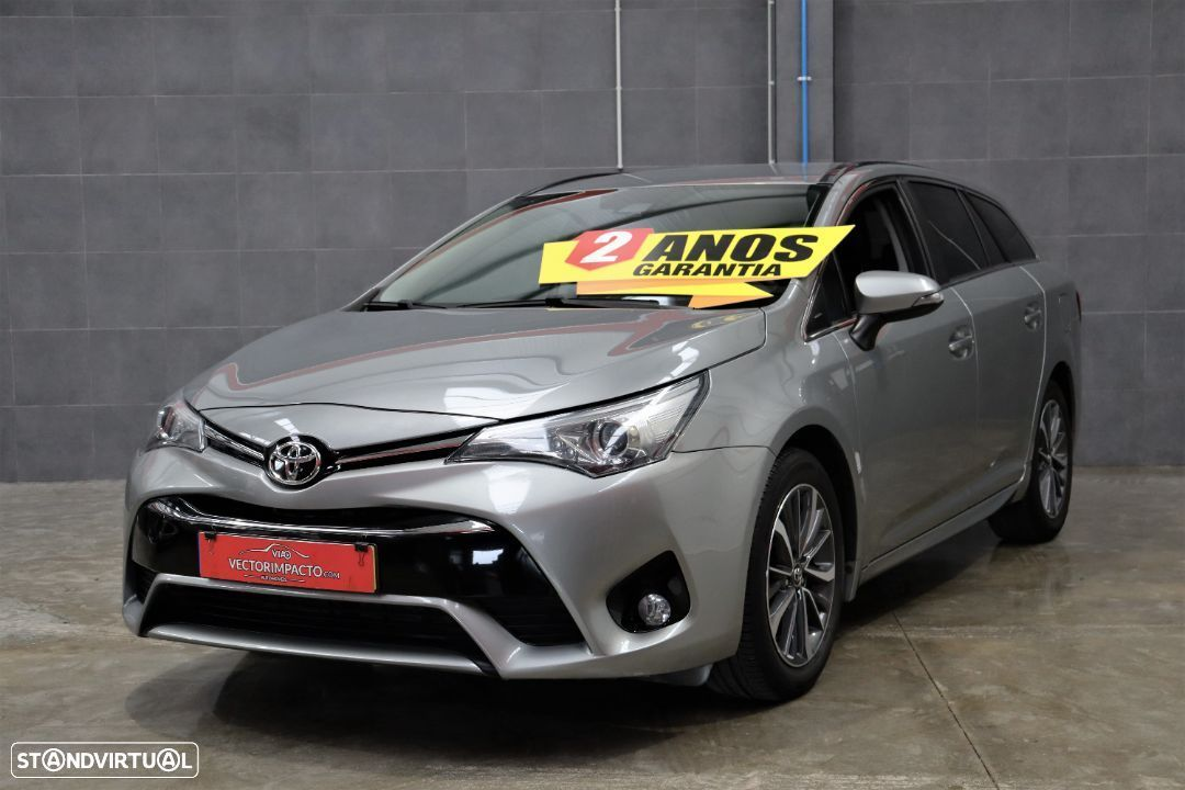 Toyota Avensis Touring Sports 1.6 D-4D Luxury - 1