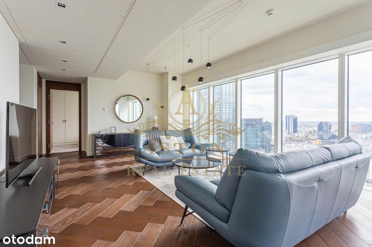Exclusive apartment on 25th floor on Złota 44