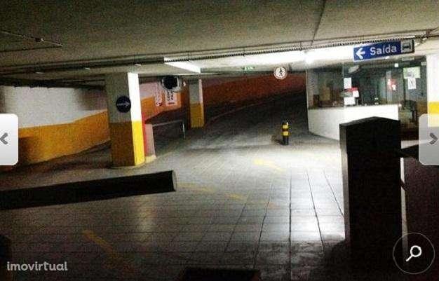 Garagem para comprar, S. João da Madeira, Aveiro - Foto 3