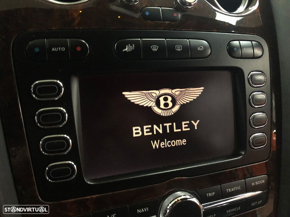 Bentley Continental GT 6.0L W12 - 37