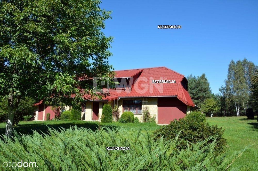 Dom, 275 m², Krasice