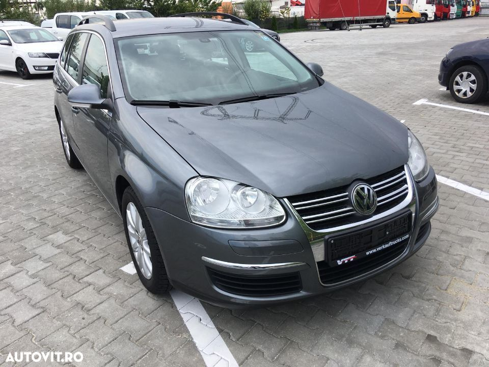 Volkswagen Golf - 16