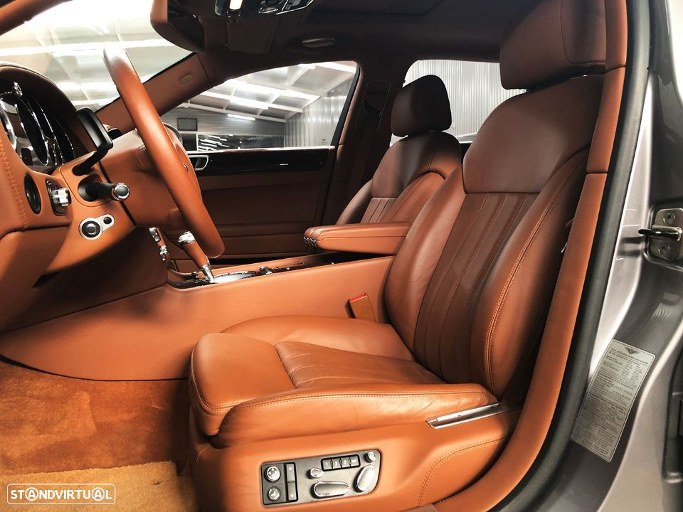 Bentley Continental Flying Spur 5 Lugares 6.0L W12 - 18