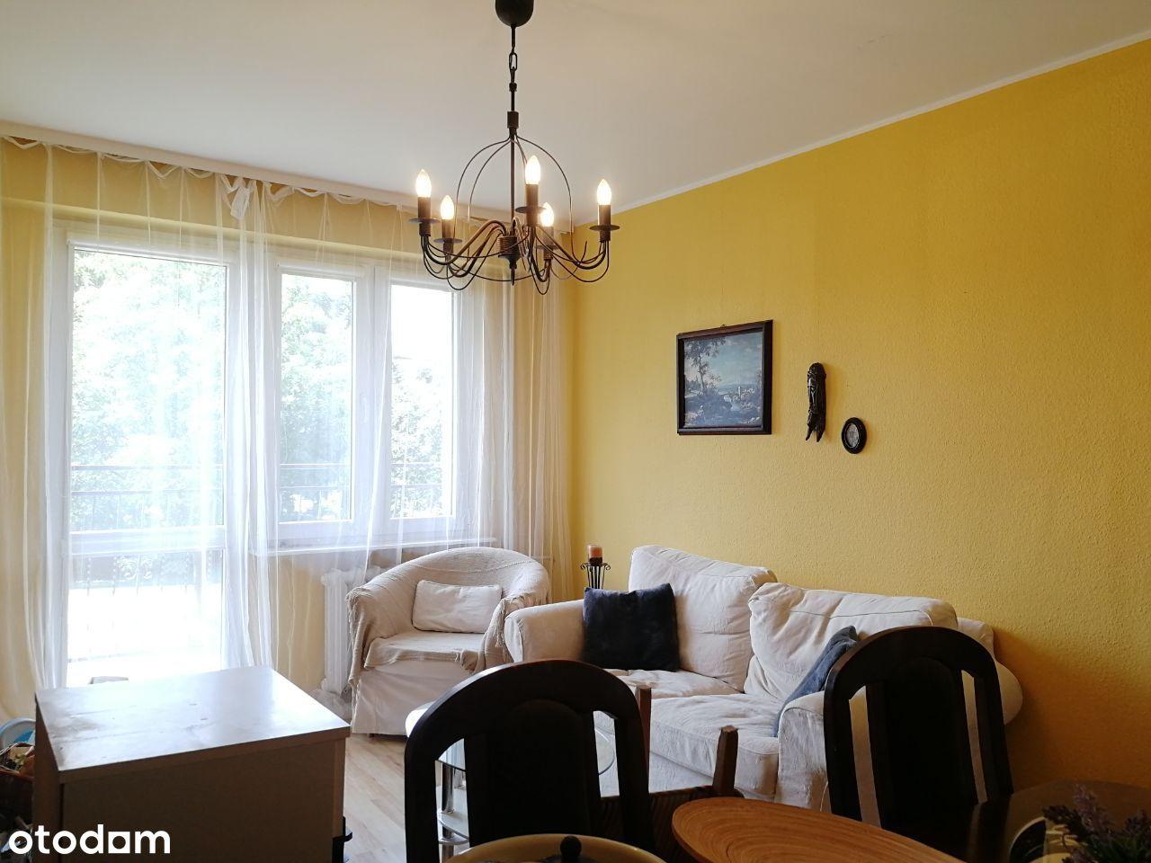 Mieszkanie 2 pok. z oddzielną kuchnią i balkonem