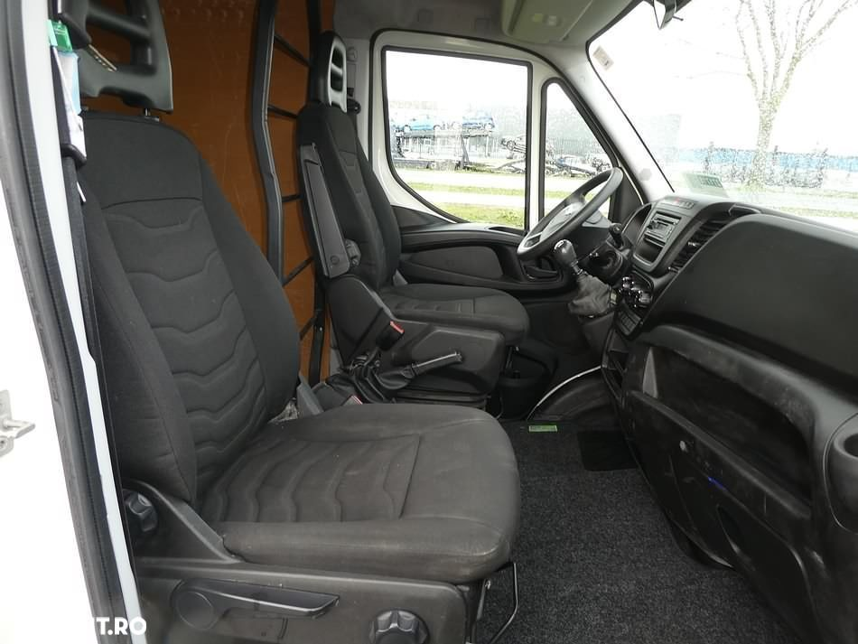 Iveco DAILY 35 S - 5
