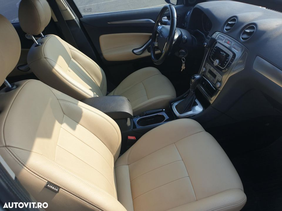 Ford Mondeo - 4