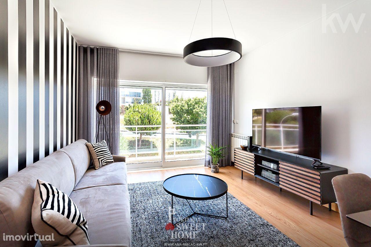 Fórum Oeiras - Apartamento T1, decorado e mobilado com 99 m2