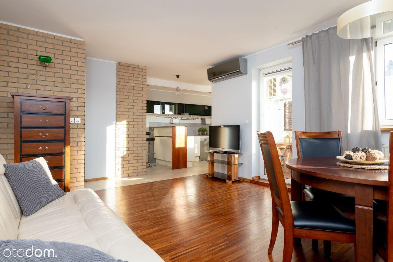 2 pokojowe słoneczne mieszkanie na Gocławiu.