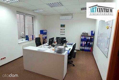 # Lokal biurowy przy ul. Długiej