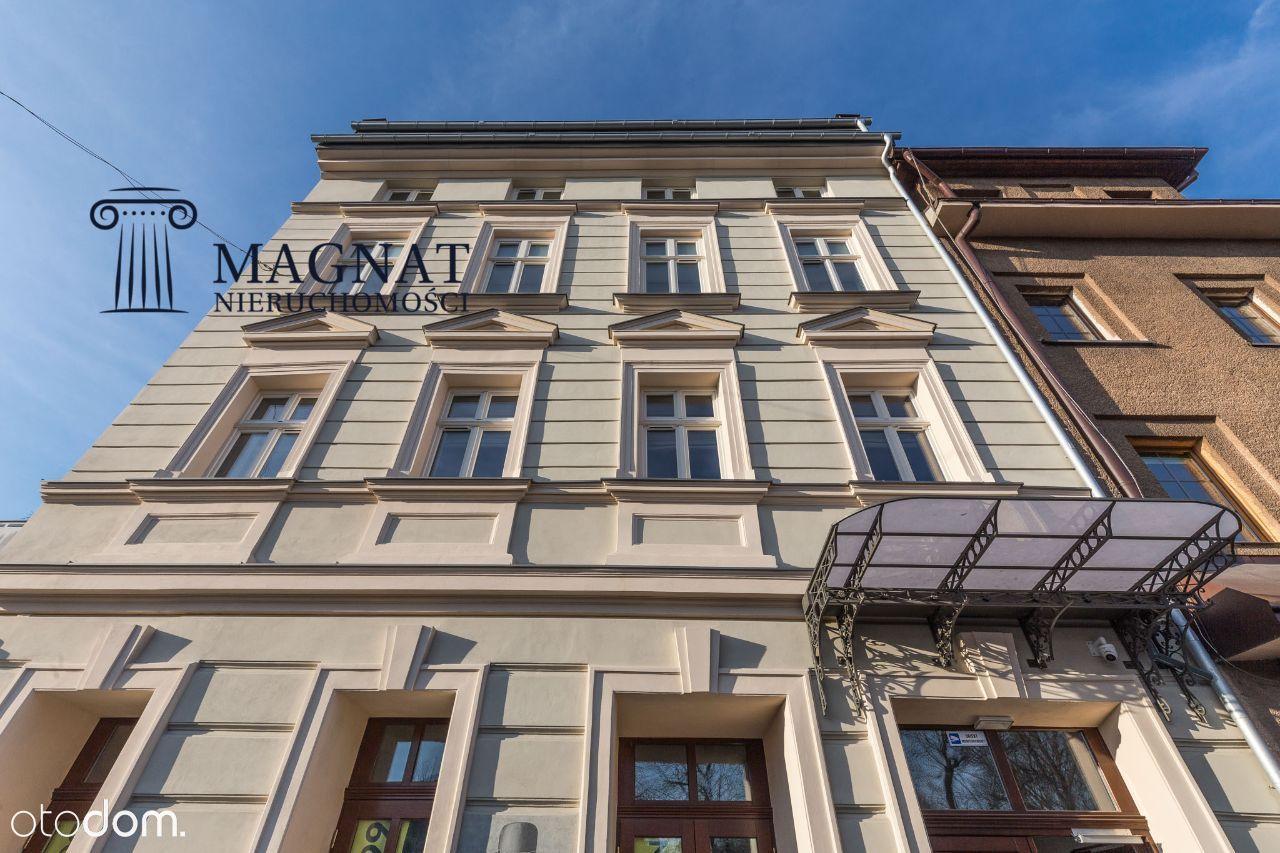 Kazimierz gastronomia parter front witryny ogródek