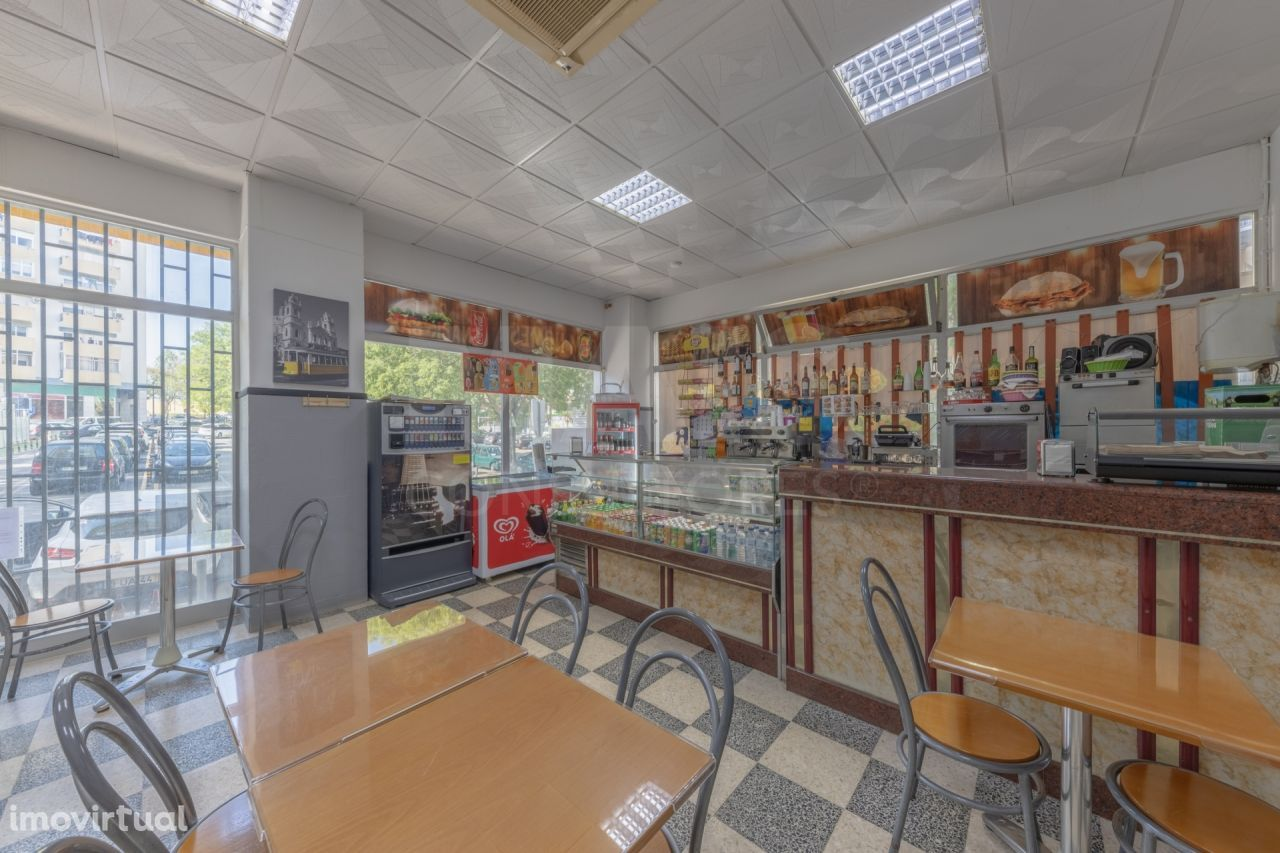 Café Snack Bar em Benfica