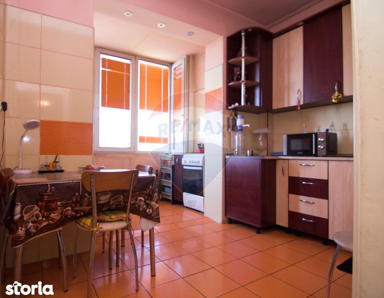 Apartament cu 2 camere de vânzare în zona Grivita
