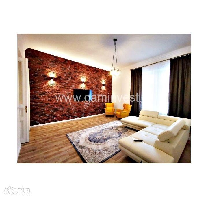Apartament cu 2 camere ,cladire istorica,ultracentral,Oradea, V2283