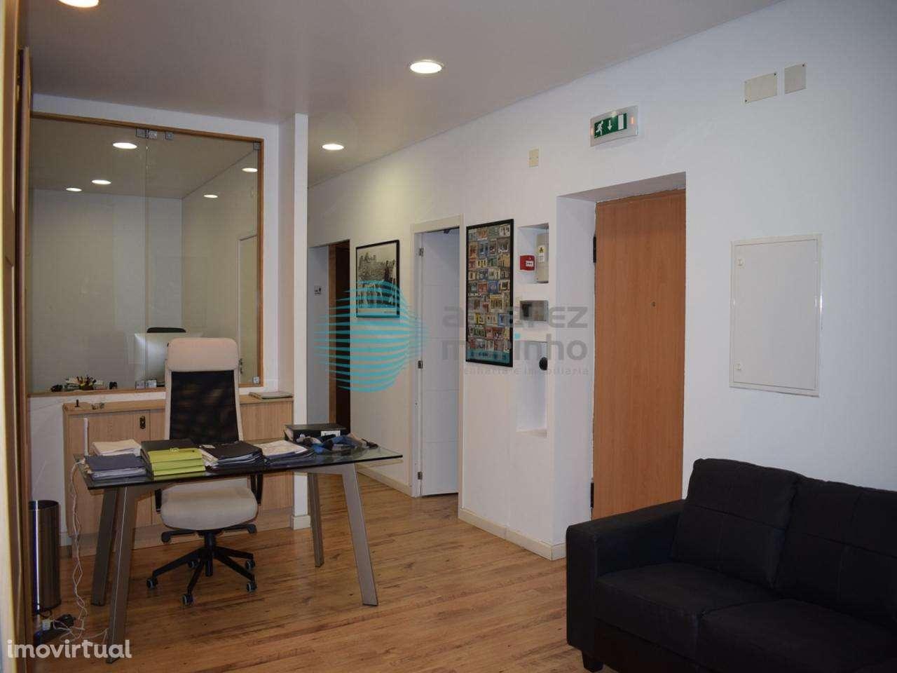 Escritório para arrendar, Torres Vedras (São Pedro, Santiago, Santa Maria do Castelo e São Miguel) e Matacães, Lisboa - Foto 4