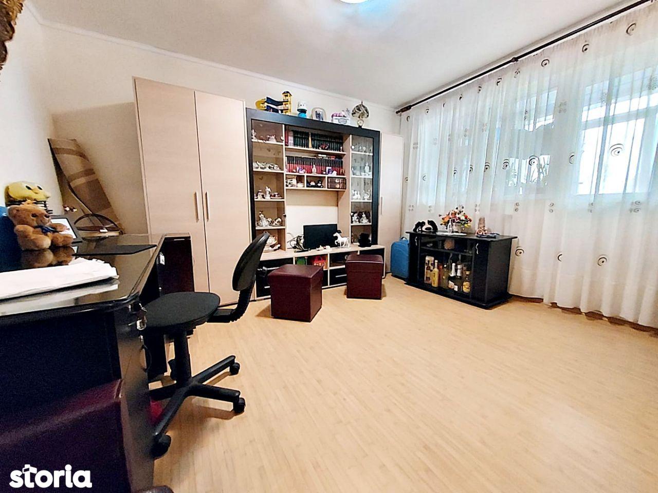 Apartament cu 2 camere, Cartier Micro 20