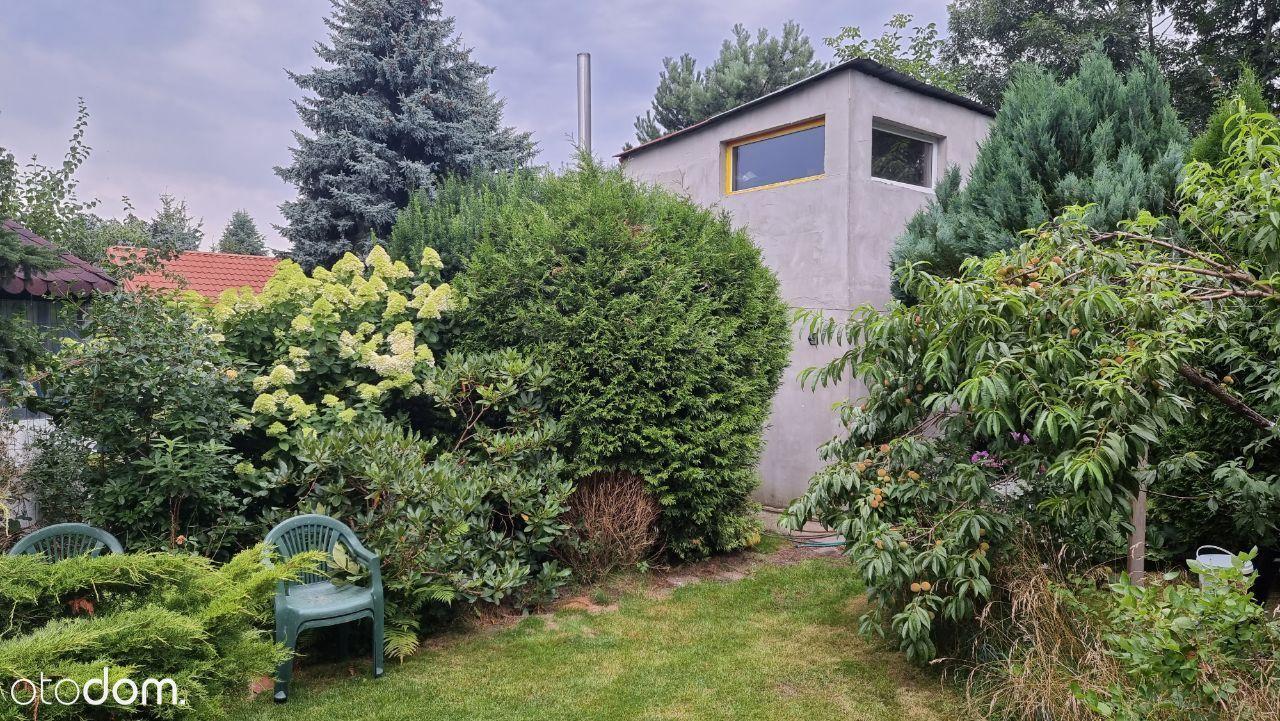 Sprzedam piekna dzialke ROD 950m2 z murowany domem