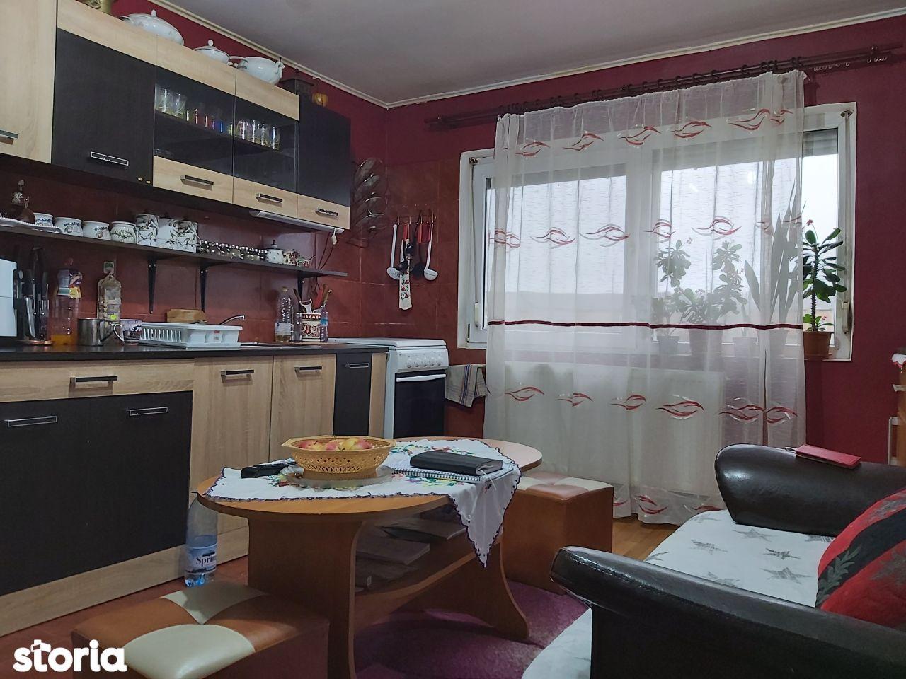 Apartament 2 camere decomandate, str. Traian Lalescu - Rogerius