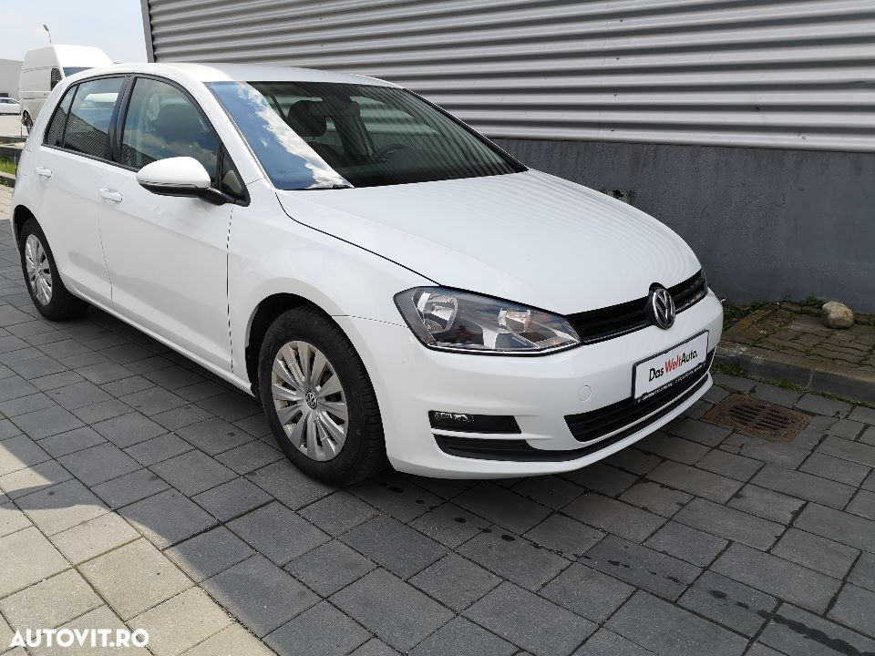 Volkswagen Golf - 11