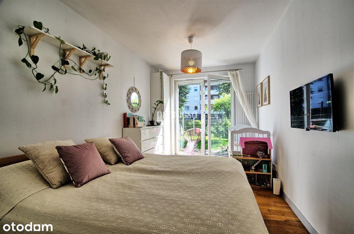 Pięknie urządzone mieszkanie/ Wysoki parter/ Taras