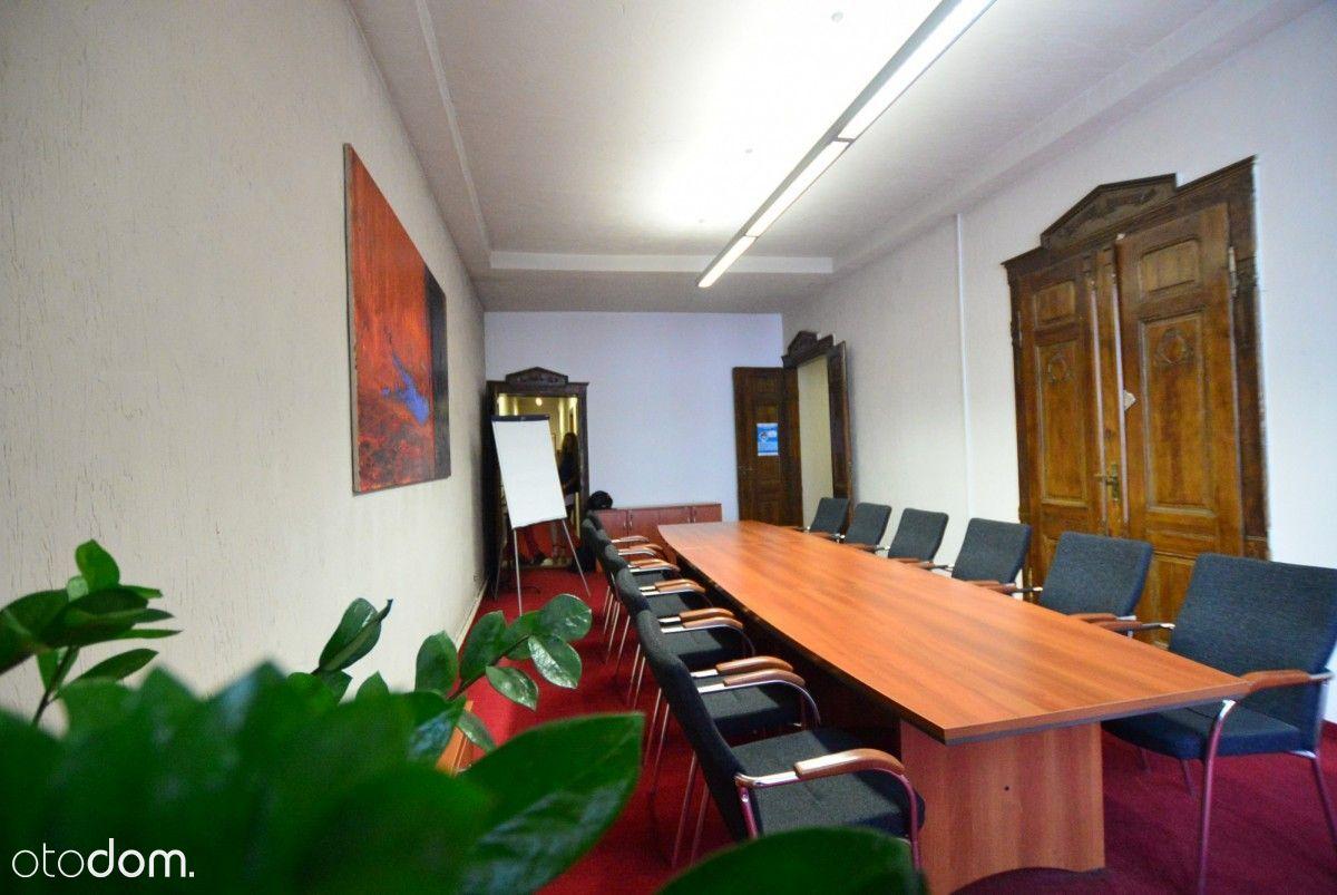 przestronne biuro w zabytkowej kamienicy