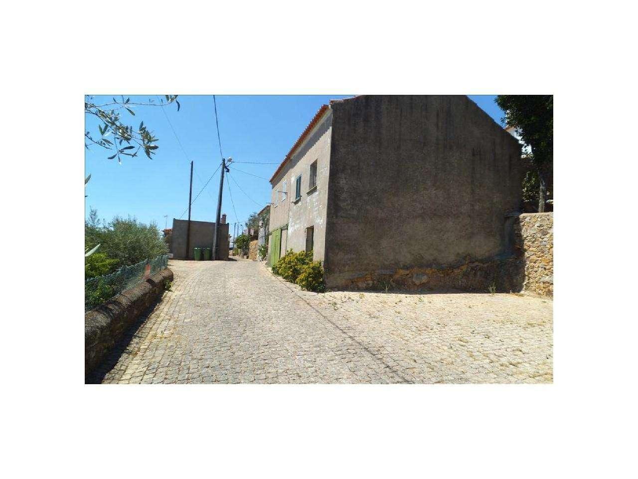 Moradia para comprar, Penha Garcia, Castelo Branco - Foto 3