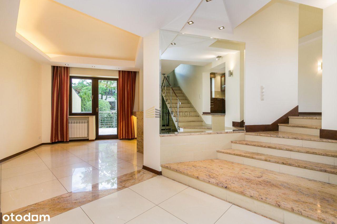 Luxury Finished House&Prestigious location