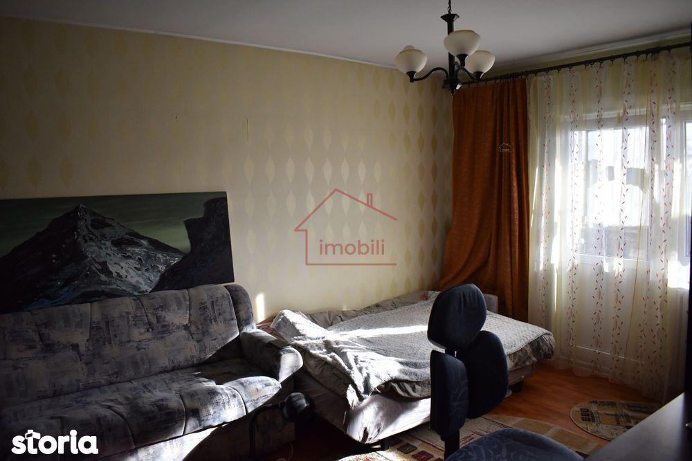 Oferim spre vanzare apartament cu 3 camere in Manastur.