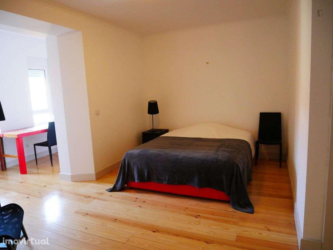 Quarto para arrendar, Arroios, Lisboa - Foto 2