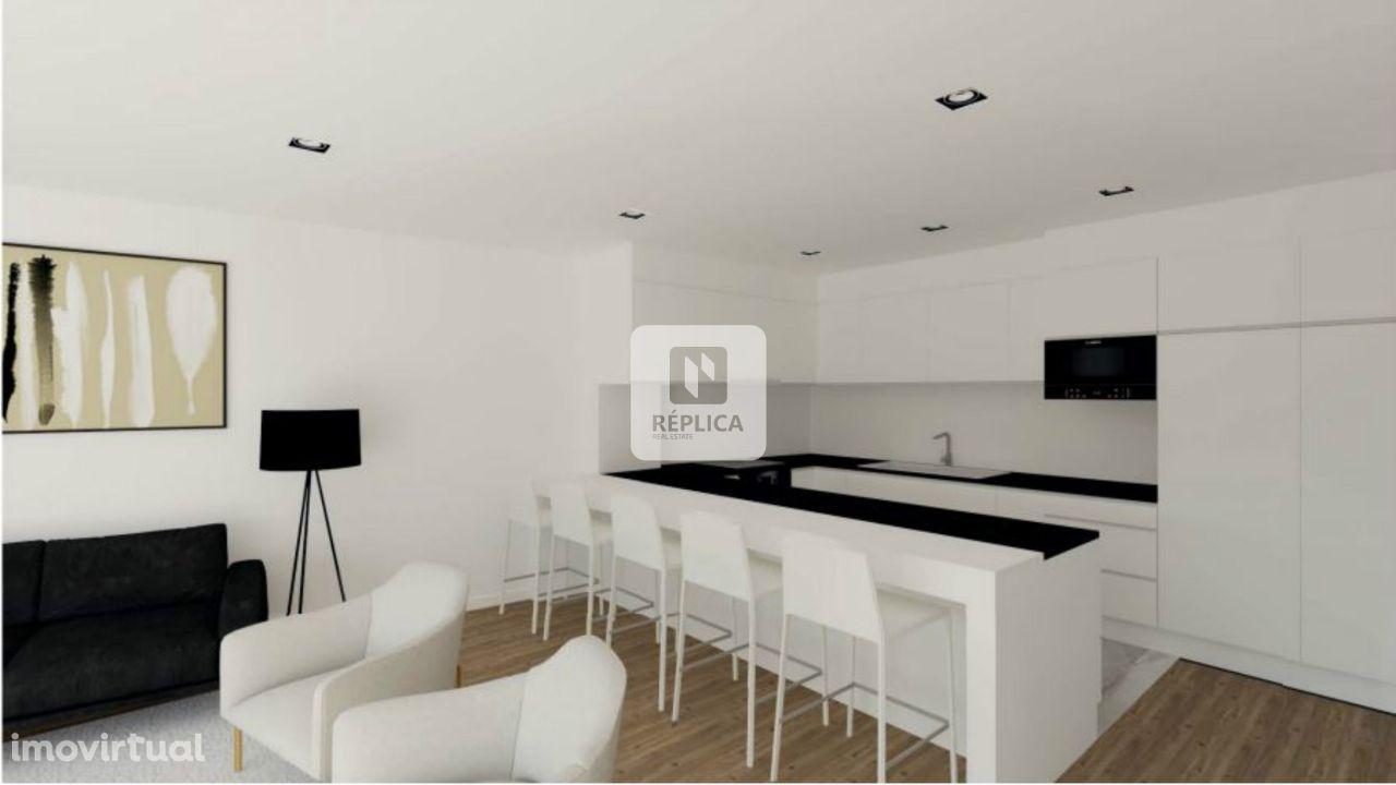 Apartamento T2 Com Varandas em Matosinhos.