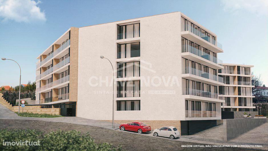 Apartamento T2, em condomínio fechado, Santa Marinha