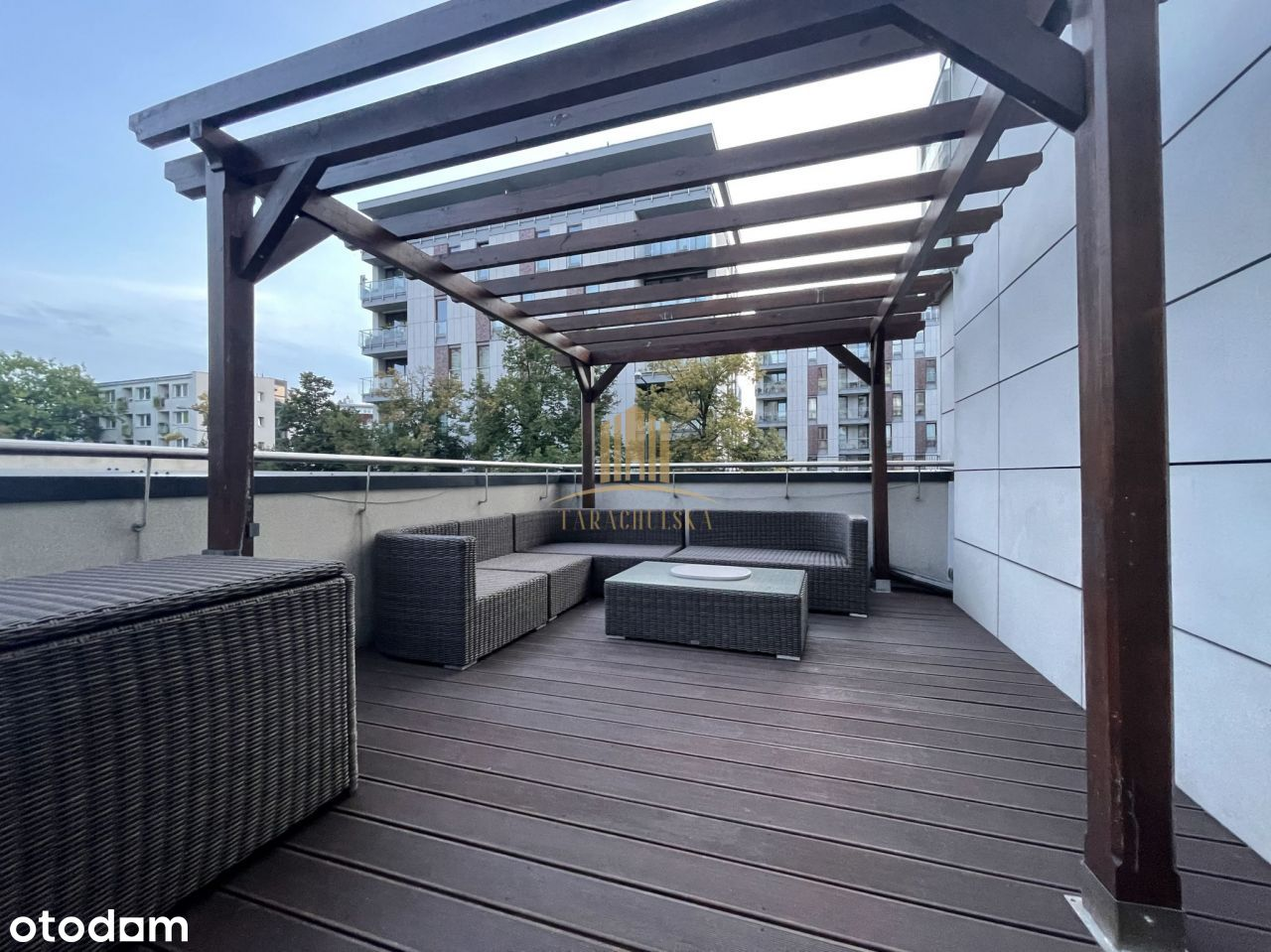 Fully furnished apartment for rent with terrace