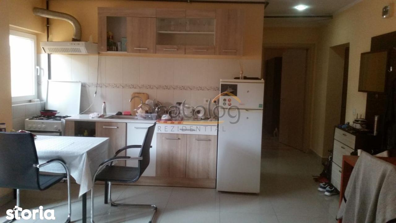 Apartament cu 2 camere in zona Trapezului