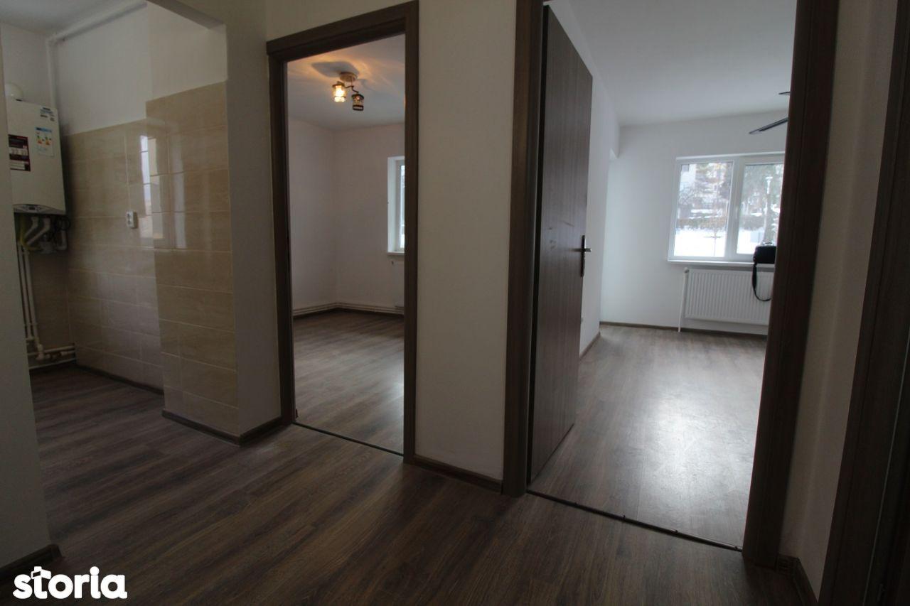 Vând apartament 2 camere în Deva, zona Minerului