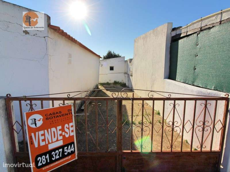 Moradia para comprar, Rua General Humberto Delgado, Moncarapacho e Fuseta - Foto 1