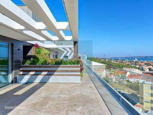 Penthouse T4 de Luxo no Alto de Algés