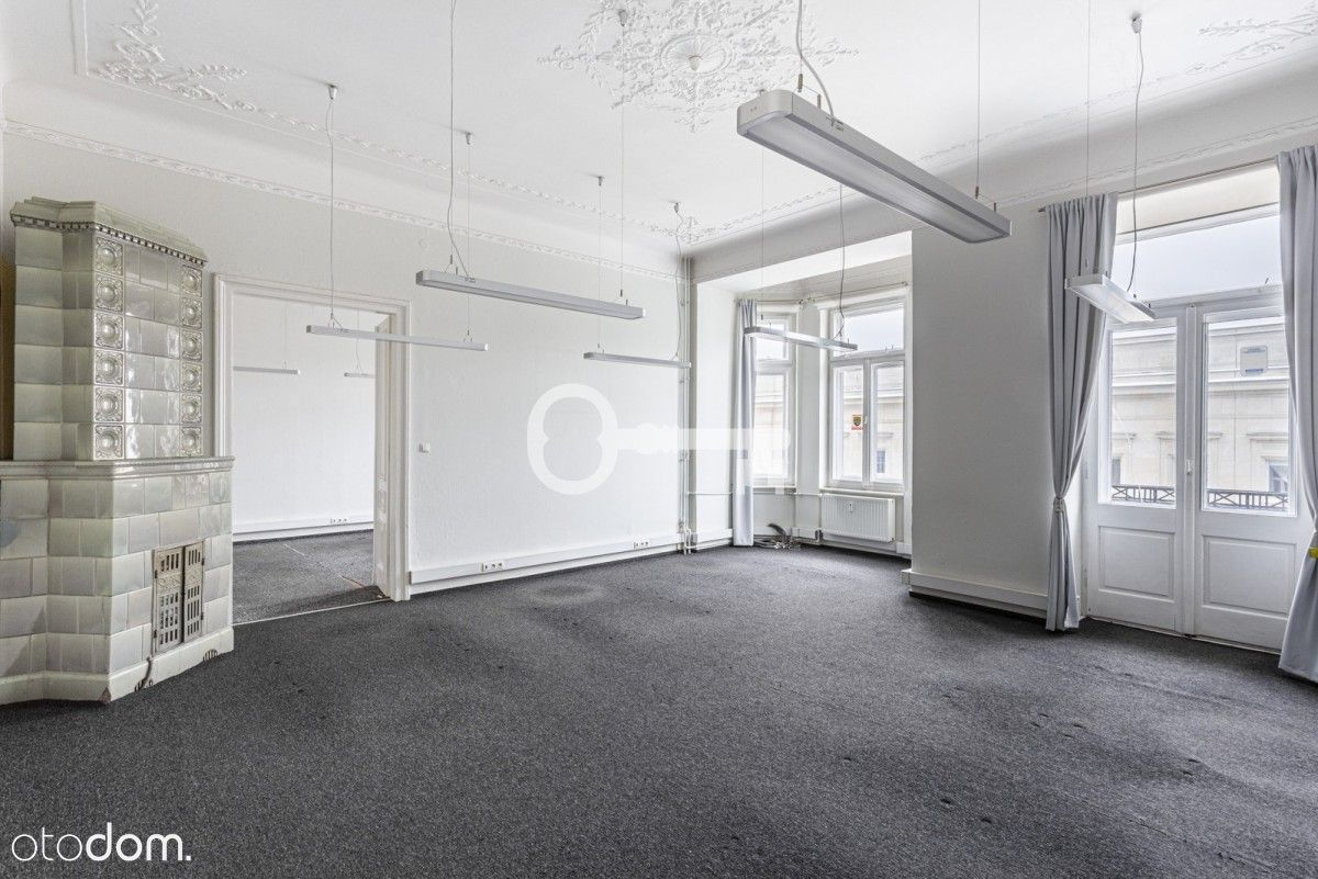 Metro Centrum   6 pokoi  Przestronne stylowe biuro