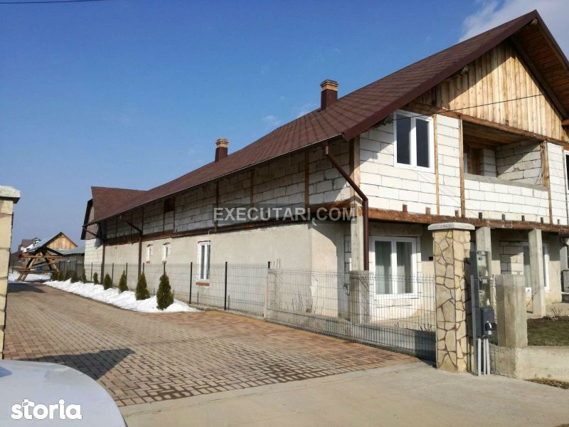 Casa- 6 camere - 650m² + Teren - 1867m² Licitatie publica