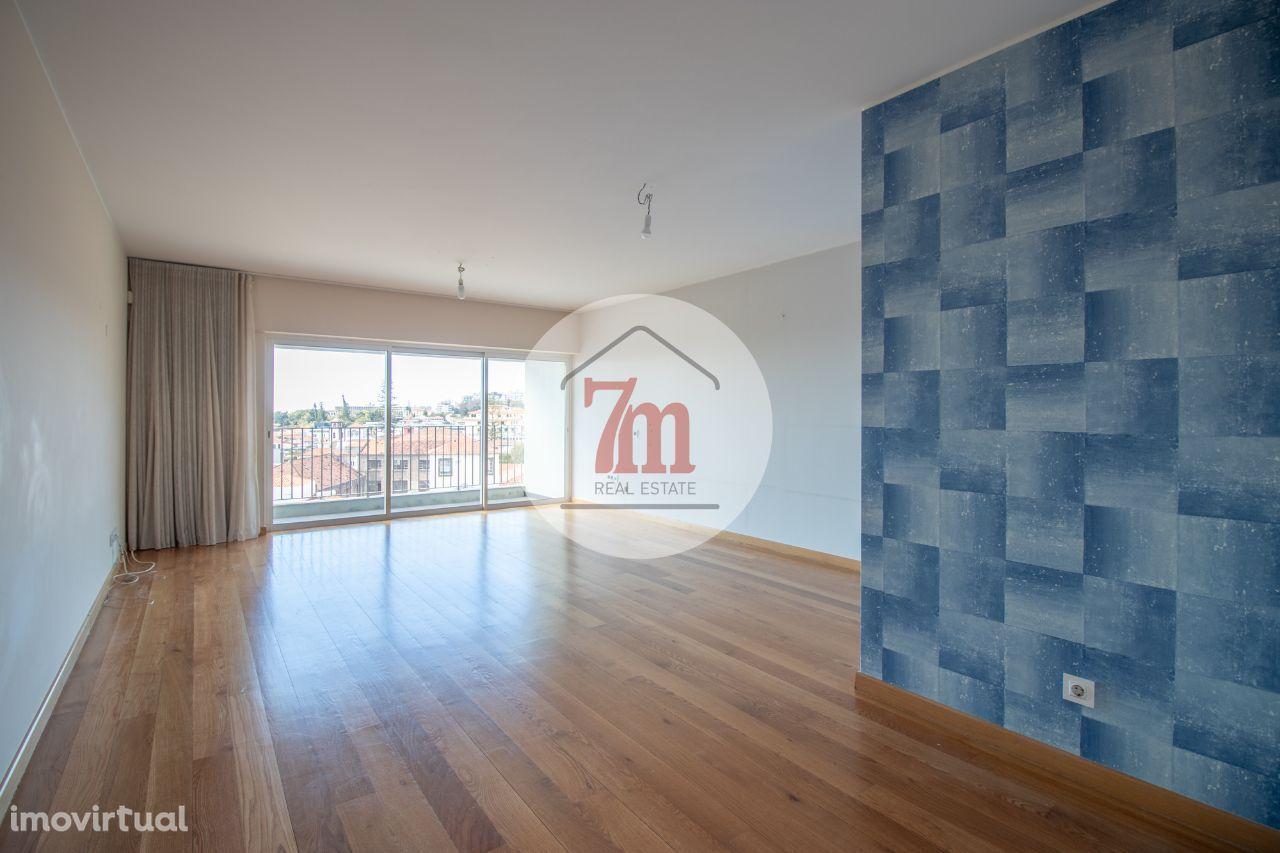 Apartamento T2 em São Pedro, Funchal Ref. F1355