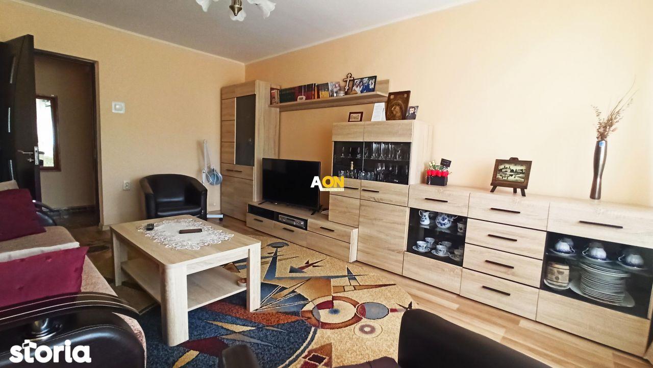 Apartament cu 3 camere, decomandat, 2 balcoane+boxa, Ultracentral