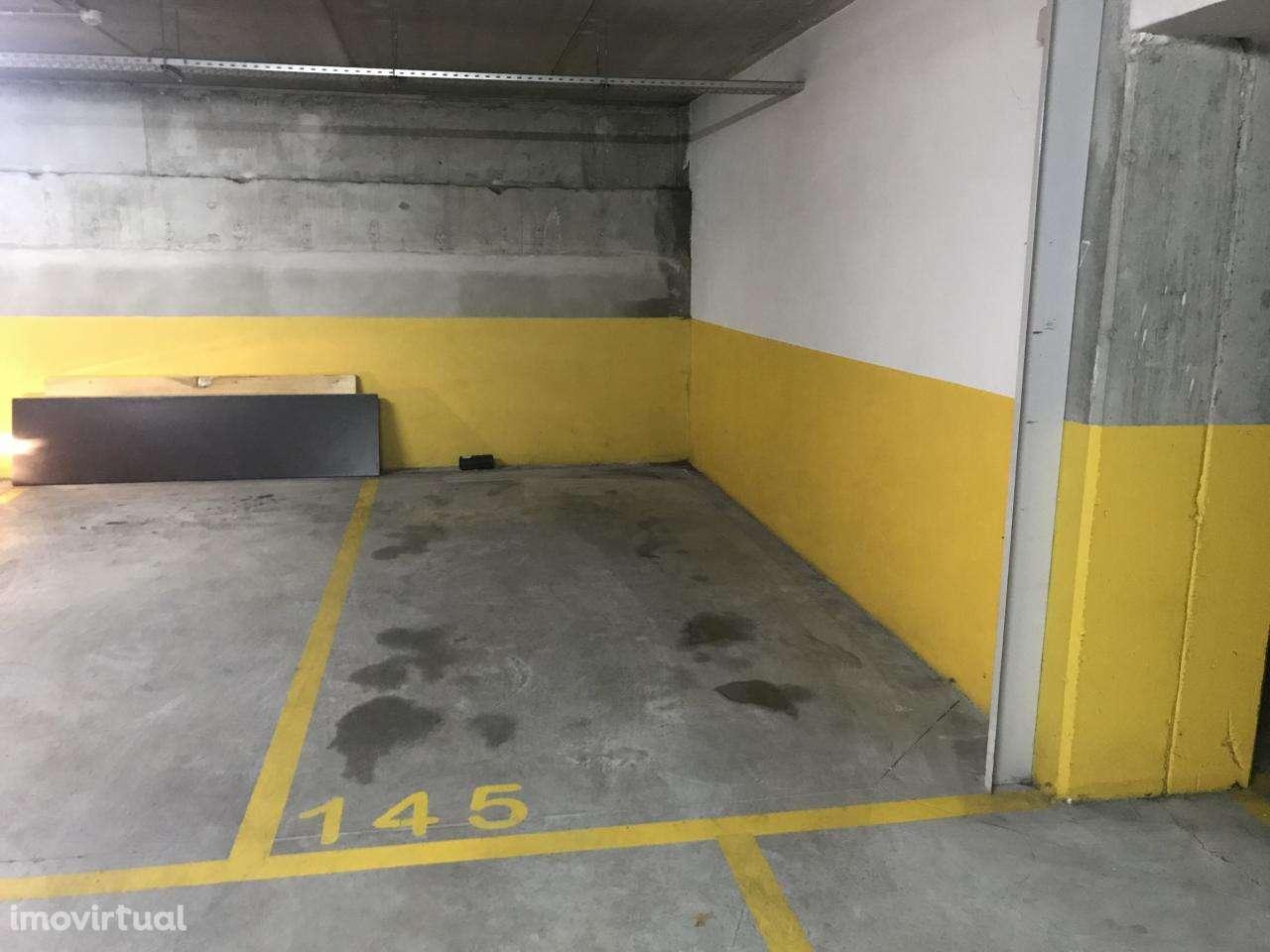 Garagem para comprar, Paranhos, Porto - Foto 2